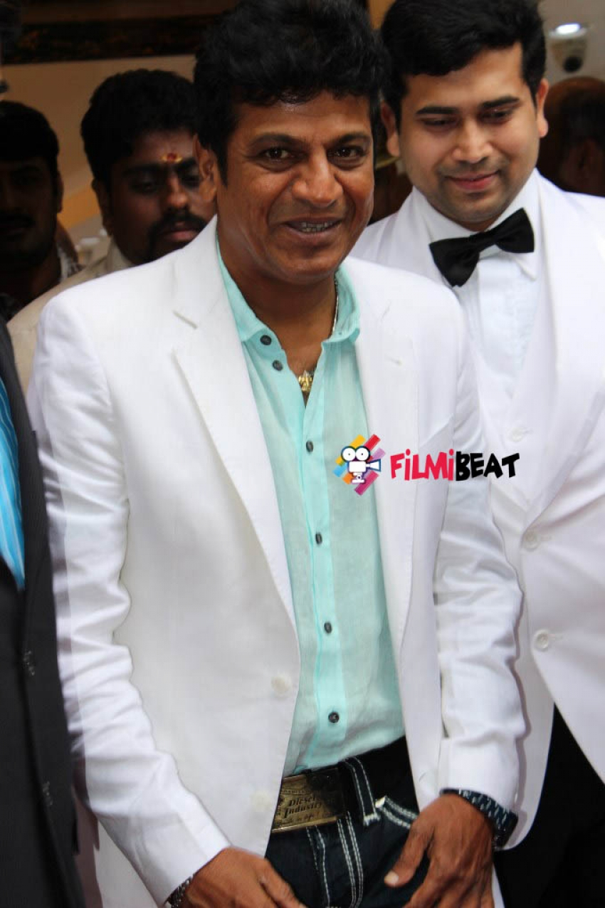 Actors Shivarajkumar and Prabhu Inaugurate Kalyan Jewellers - Jayanagar Bangalore Photos
