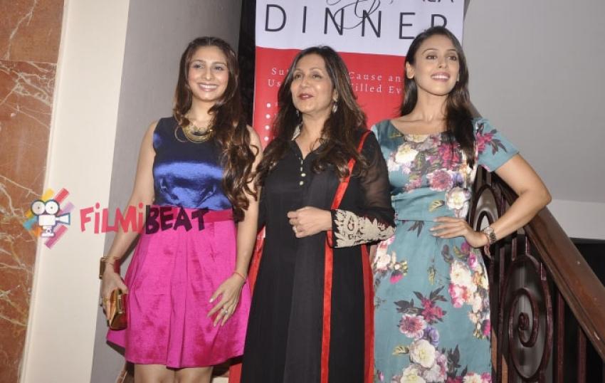 Tanishaa Mukerji At Charity Dinner Photos