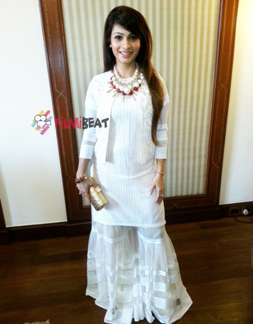 Tanishaa Mukerji At 20th Kolkata International Film Festival Photos