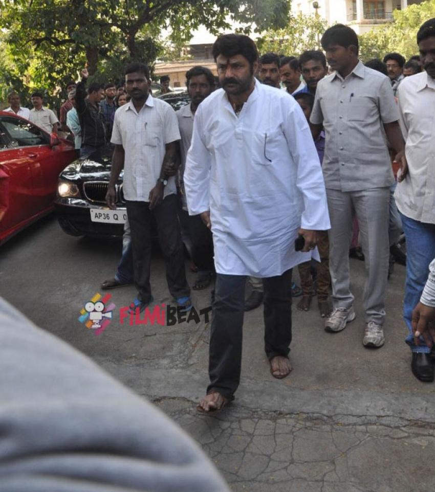 Celebs Pay Their Last Respects To Janakiram Photos
