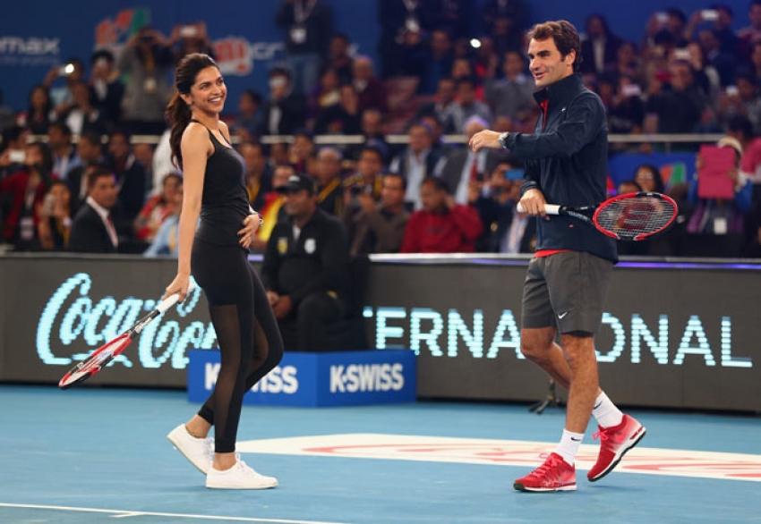 Roger Federer plays Tennis With Aamir Khan, Deepika, Akshay Kumar & Riteish At IPTL Photos