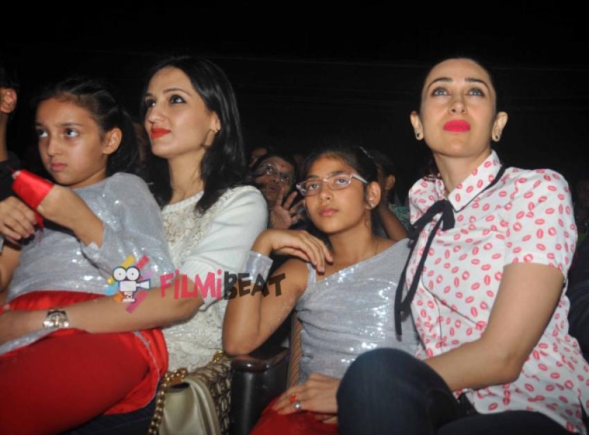 Karisma And Raveena Launch Shiamak Davar's Flagship Show 'Winter Funk 2' Photos