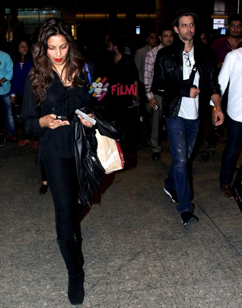 Hrithik, Bipasha & Malaika Snapped At Airport Photos