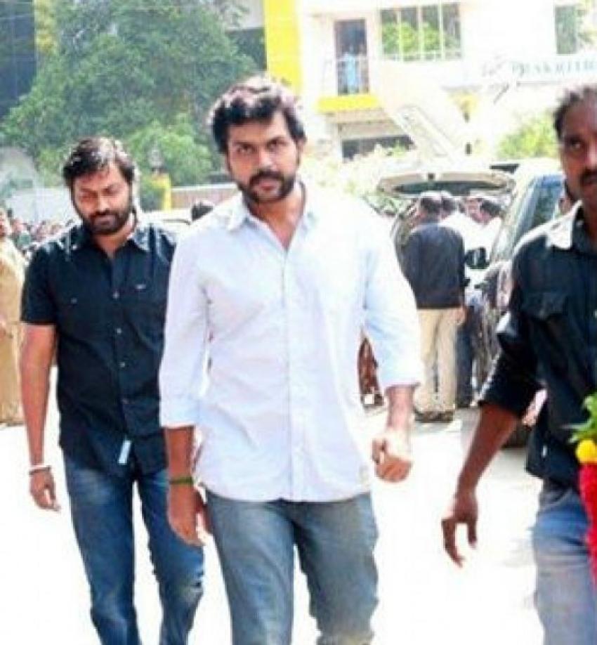 Celebs Pay Tribute To Legendary Director K Balachander Photos