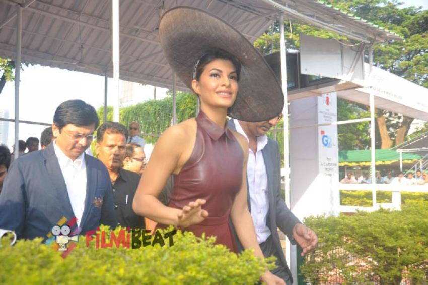 Jacqueline Fernandez Attends Metro Motors Auto Hanger Sir H M Mehta Million Trophy Photos