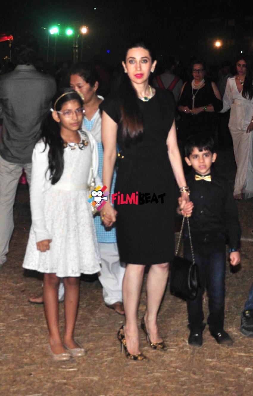 Kareena, Karishma, Ritesh Deshmukh & Genelia at Christmas Party Photos
