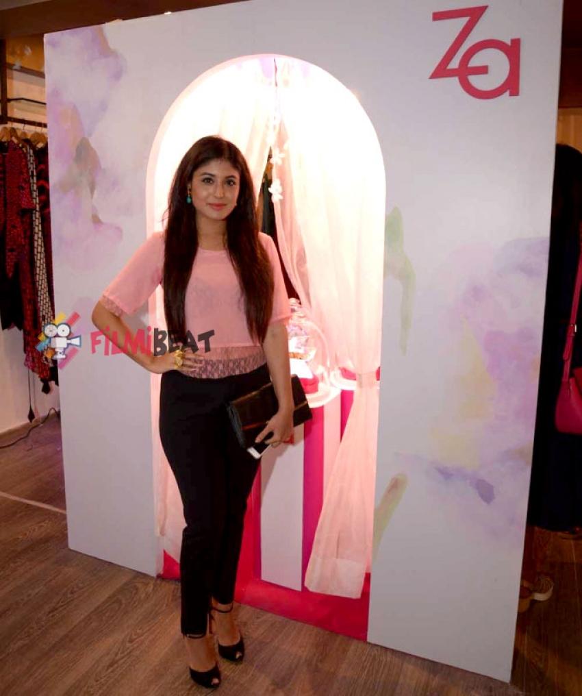 Za Celebrates The Art Of Mrinalini Chandra Photos