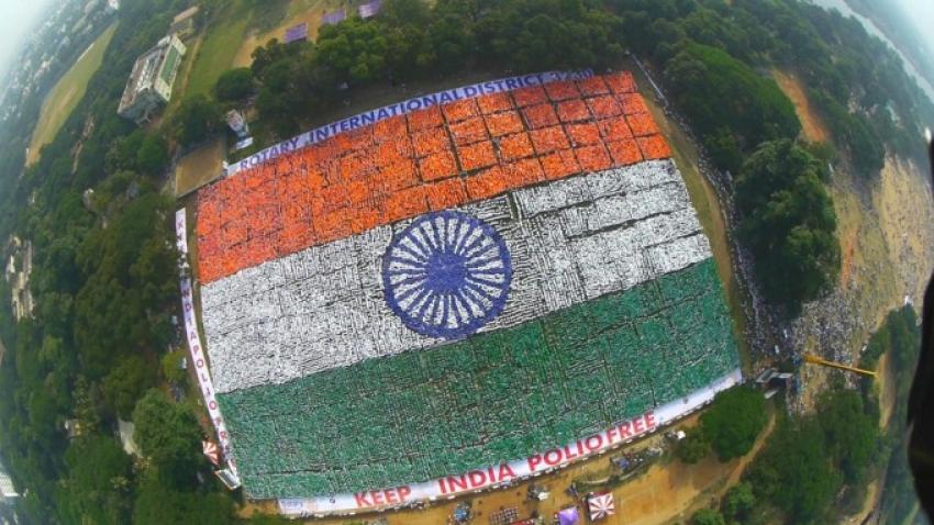 Largest Human Flag - My Flag My India Photos