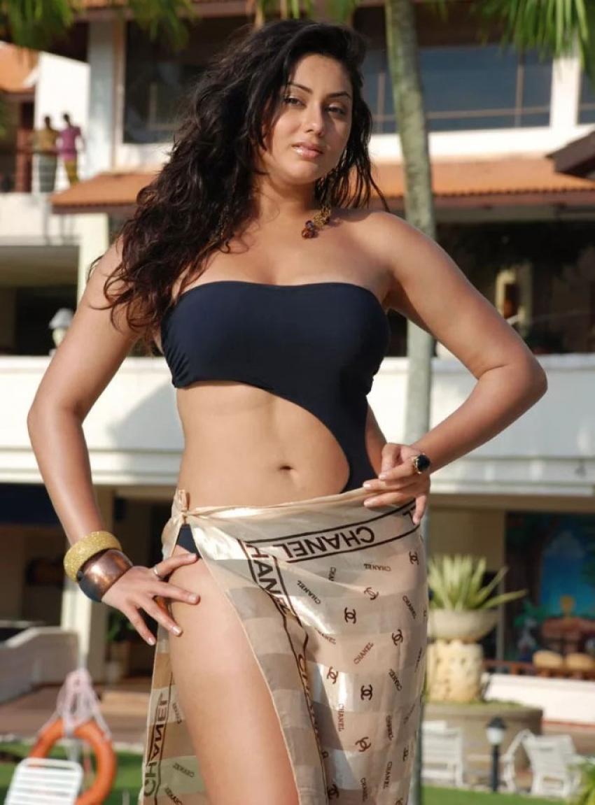 Hot South Indian Actresses At 30 Plus! Photos