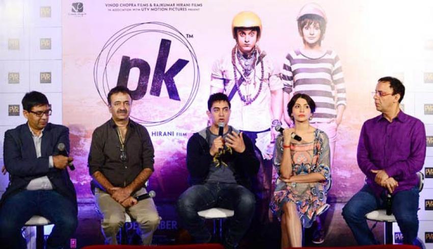 Aamir Khan and Anushka Sharma promote PK In Hyderabad Photos