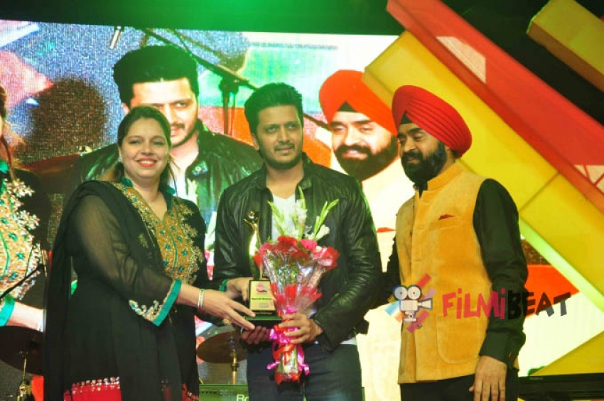 Grand Finale Of Mulund Festival Photos