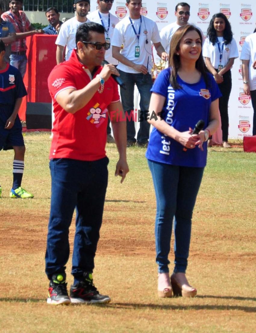 Salman Khan & Nita Ambani Launch Reliance Foundation's Young Champs Photos