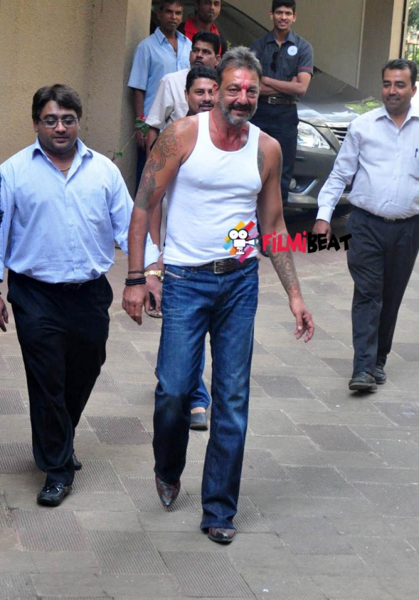 Sanjay Dutt Released From Pune Yerwad Jail Photos