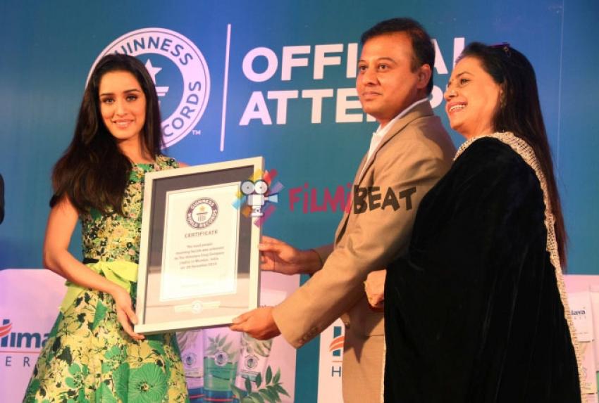 Shraddha Kapoor Cheers For Himalaya Herbs Photos