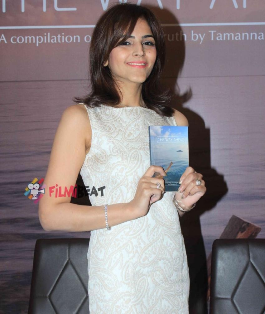 Karisma Kapoor Launches Tamanna C's Book 'The Way Ahead' Photos