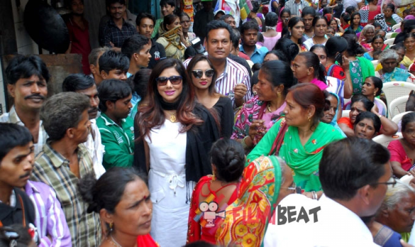 Celebs In Kamathipura To Spread Awareness About HIV/AIDS Photos