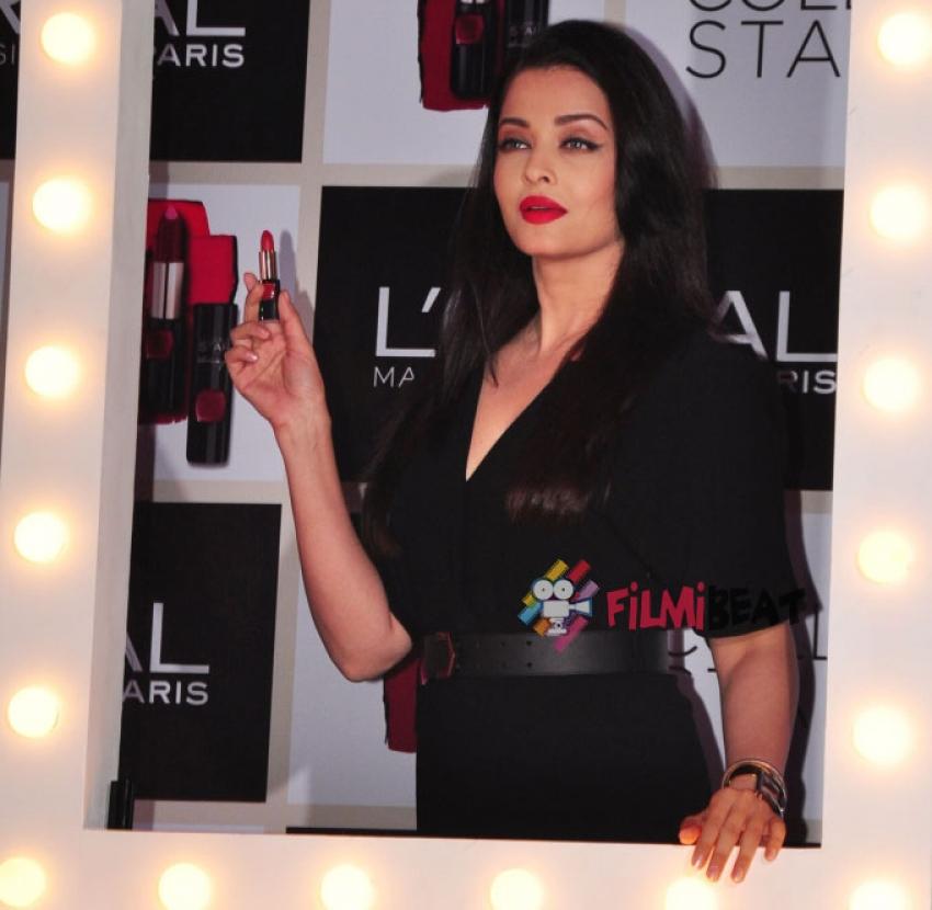 Aishwarya Launches Moist Matte Collection Pure Reds Lipsticks Photos