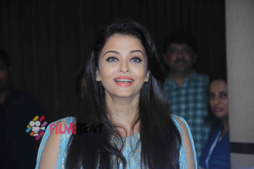 Aishwarya With The Cast Of Jazba For The Script Reading Session Photos