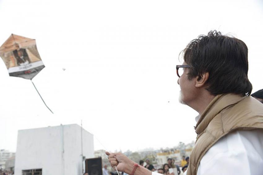 Kite Flying For Promotion Of Shamitabh Movie Photos