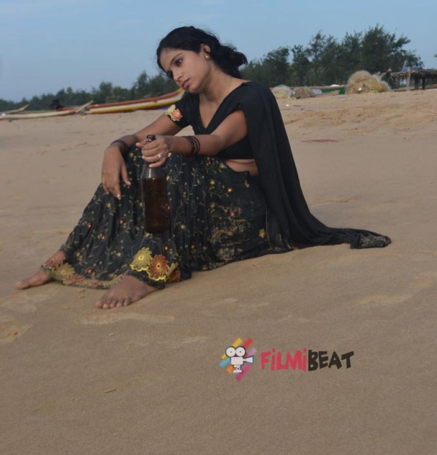 Ammayi Devadasu Ayithe Photos