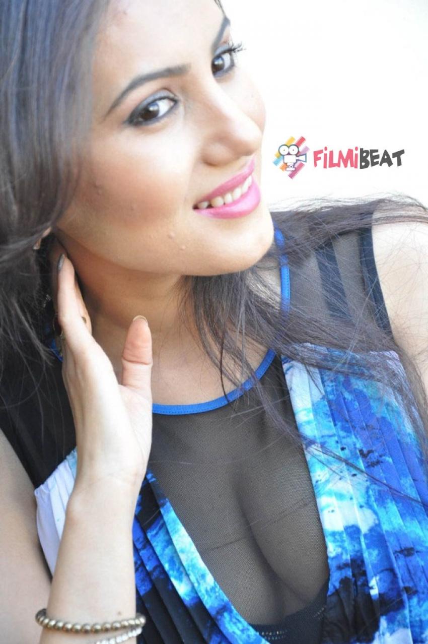 Anu Smruthi Photos