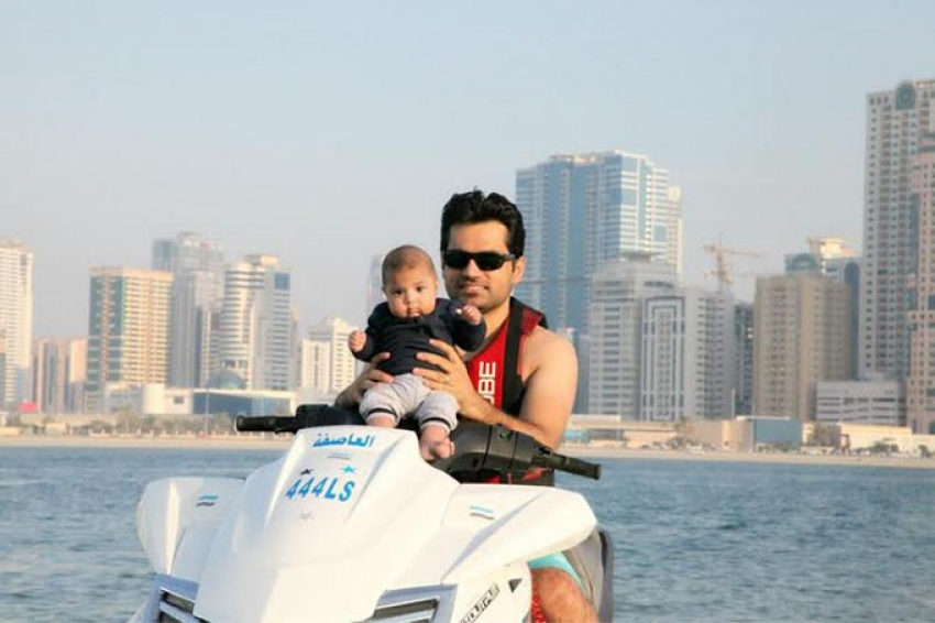 Veena Malik Spotted With Her Baby Abram Khan Photos