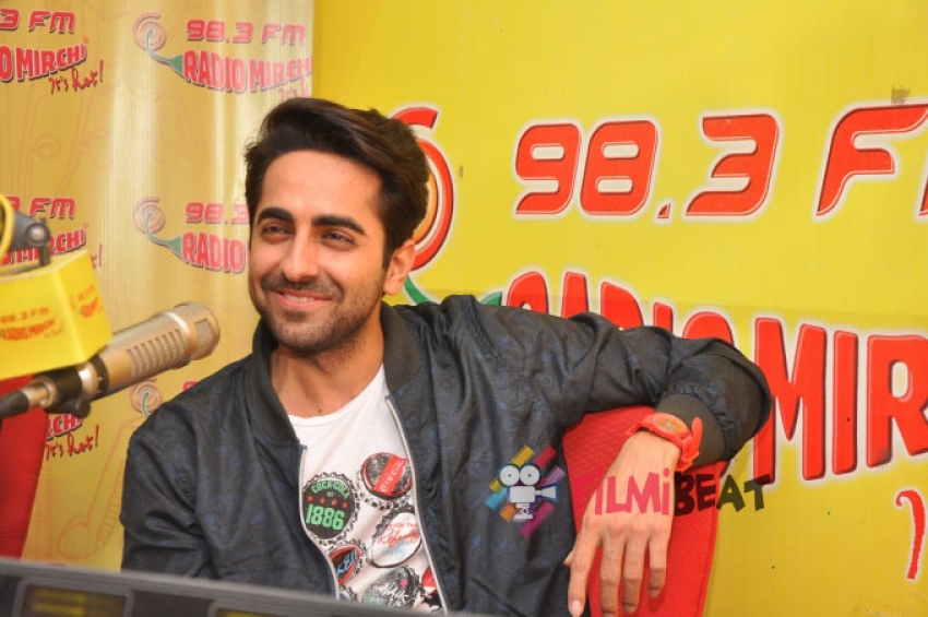Ayushmann & Pallavi Promote 'Hawaizaada' At Radio Mirchi Photos