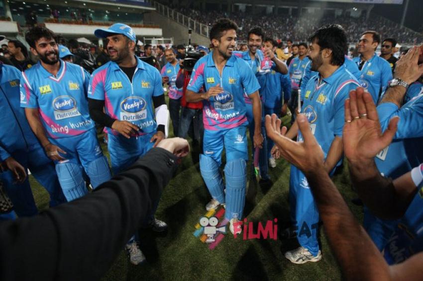 Mumbai Heroes vs Kerala Strikers CCL 5 Live Streaming ...
