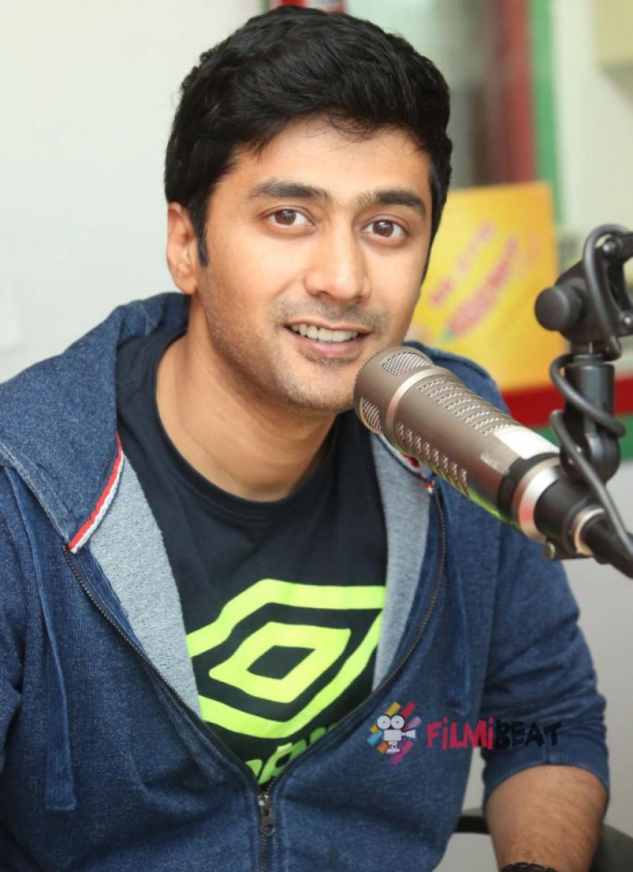 Hyderabad Love Story Team At Radio Mirchi Photos