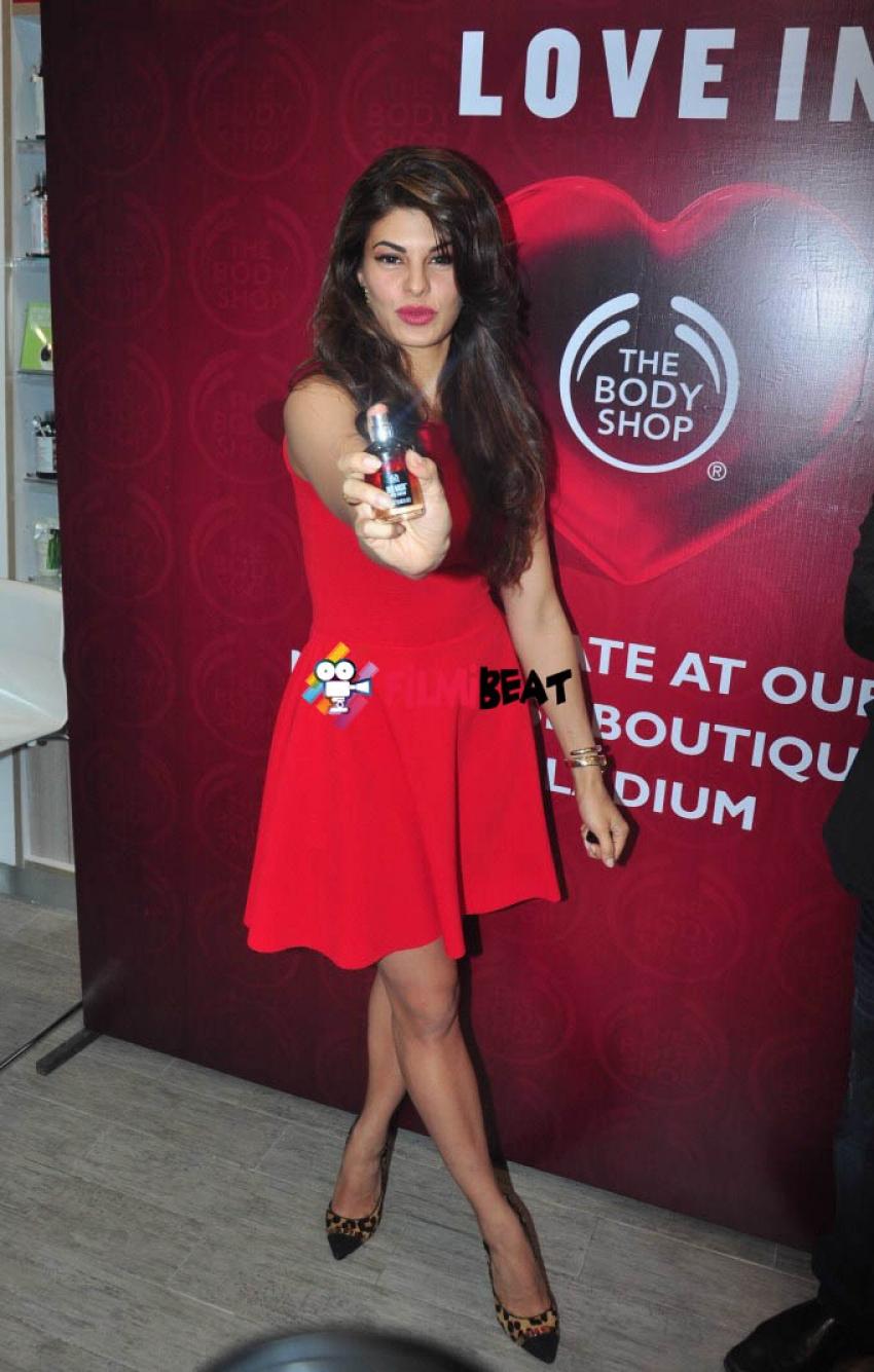 Jacqueline Fernandez Launch The Body Shop Photos