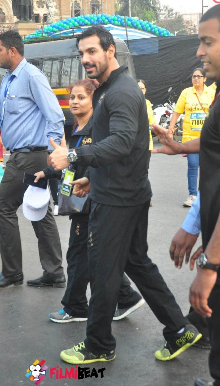 Standard Chartered Mumbai Marathon 2015 Photos