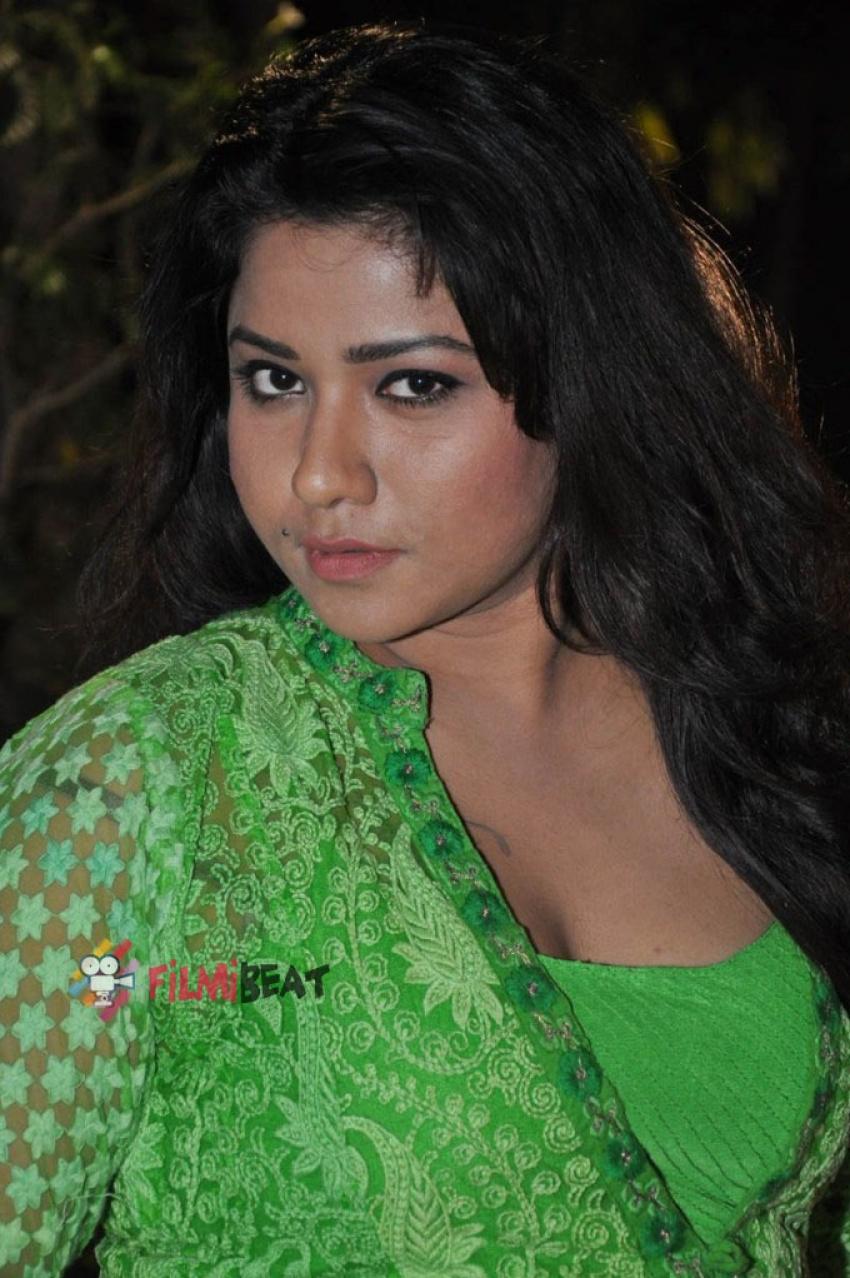 Jyothi (Telugu Actress) Photos [HD]: Latest Images, Pictures, Stills
