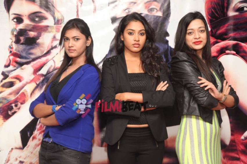 Ondu Romantic Crime Kathe Film Press Meet Photos