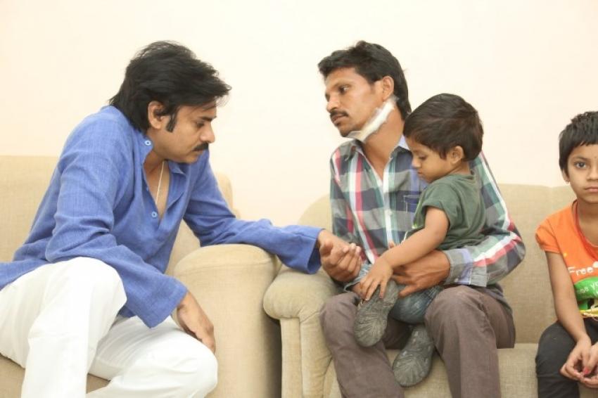 Powerstar Pawan Kalyan Meets His Fan Karuna Sreenivas Photos