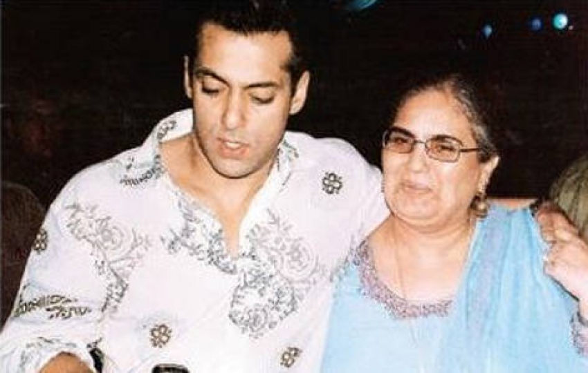 Unseen Pictures of Salman Khan Family Photos