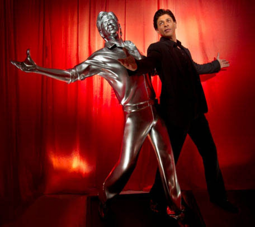 SRK Immortalized In Life Size 3D Printed Model Photos