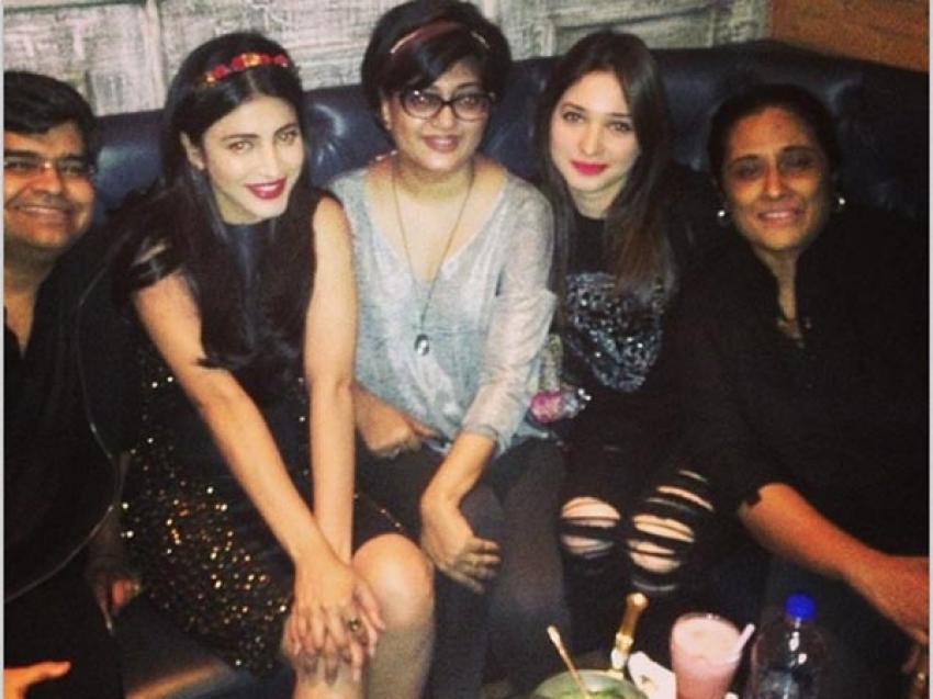 Shruti Haasan 29th Birthday Celebration Photos