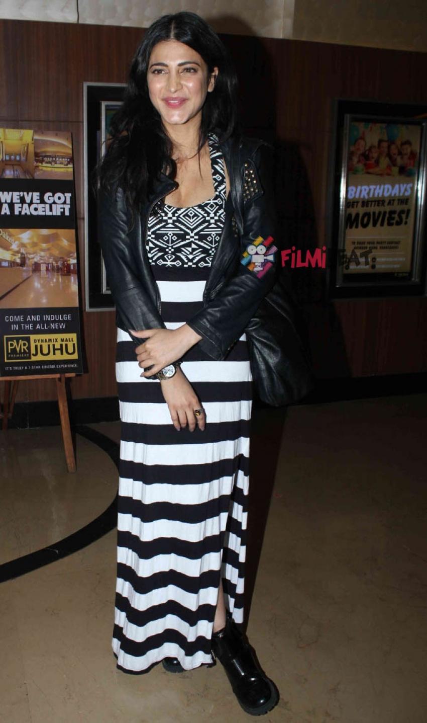 Shruti Haasan Snapped At PVR, Juhu Photos