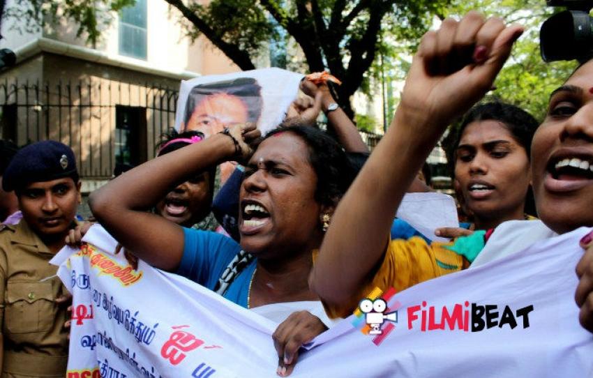 Transgenders Protest Against Shankar 'I' Movie Photos