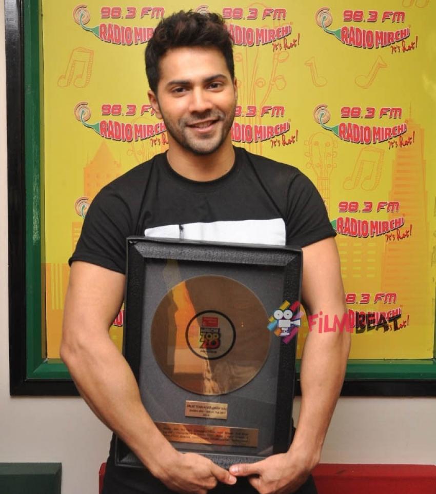 Varun, Huma & Nawazuddin Promote 'Badlapur' At Radio Mirchi Photos