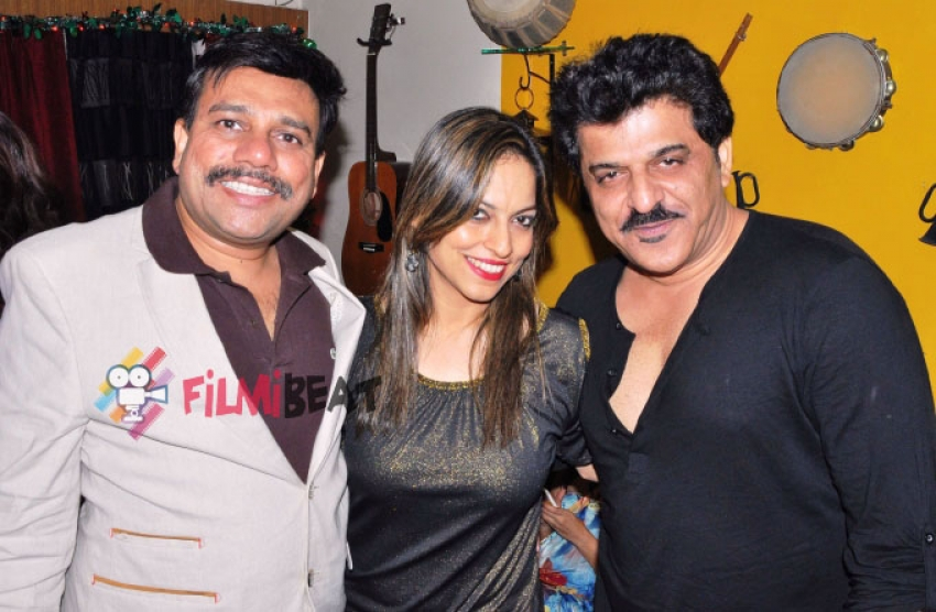 Preety Bhalla & Deepu Paul's Party Photos
