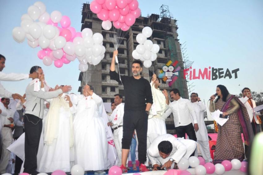 Akshay Kumar Flags Off Bramhakumari Sakhi Minithon 2015 Photos