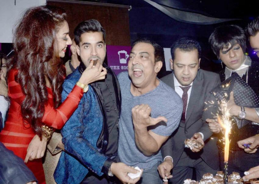 Bigg Boss 8 Contestant Party At F Bar Photos