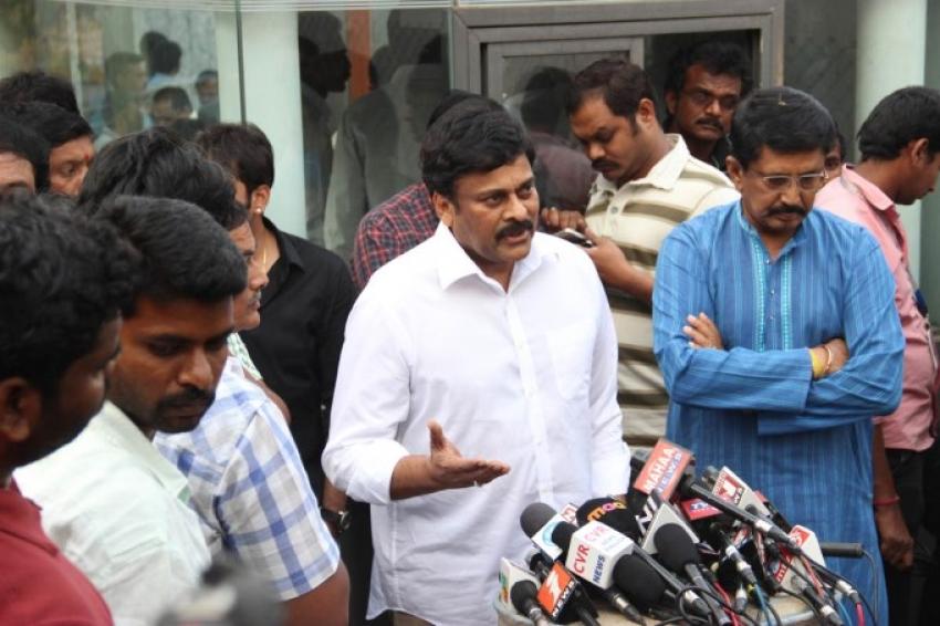 Celebs Pay Condolences To D. Ramanaidu Photos