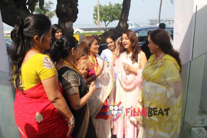 Juhi Chawla Attend Matrimonial Service For Deaf Photos