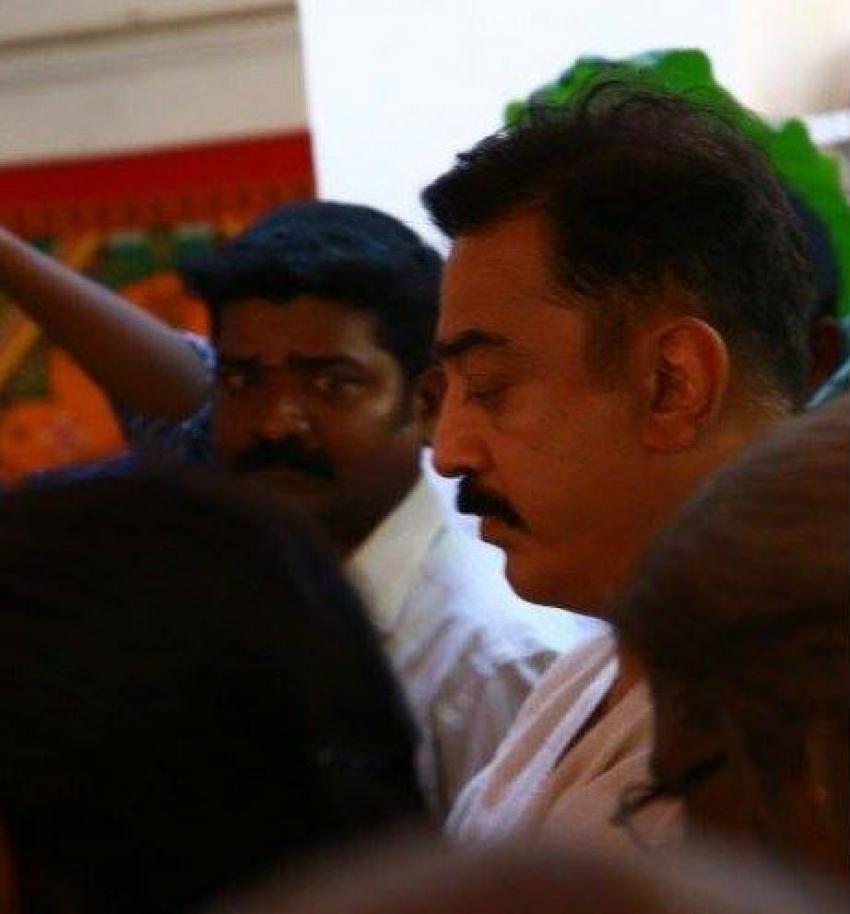 Celebs Pay Homage To Director Sakthi Photos