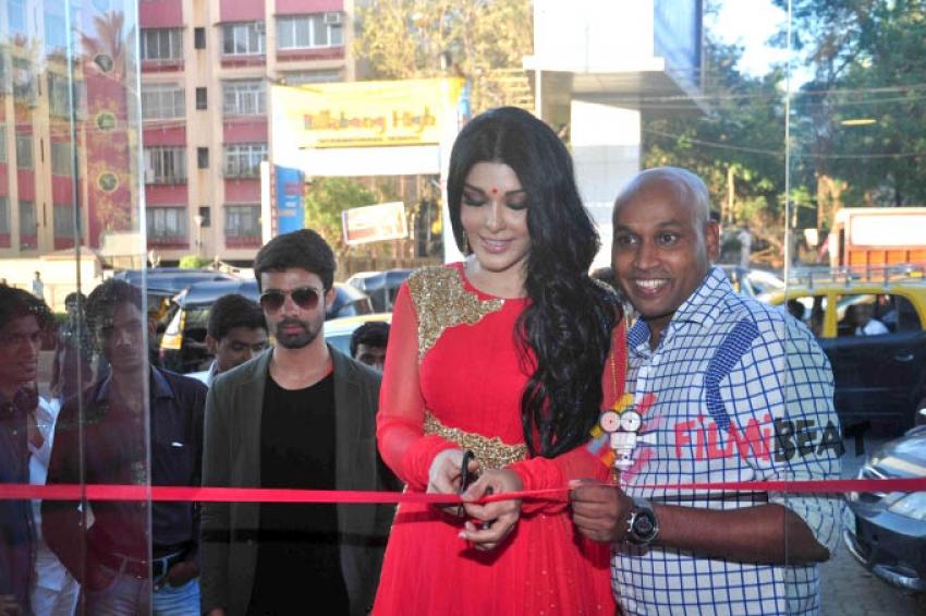 Koena Mitra Inaugurates Gagan Kumar's Store Photos