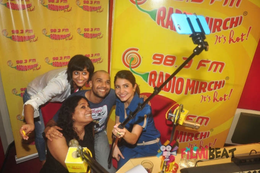 Anushka Sharma & Neil Bhoopalam Promote 'NH10' At Radio Mirchi Photos