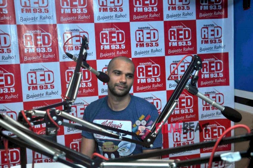 Anushka Sharma & Neil Bhoopalam Promote 'NH10' At Red FM 93.5 Photos