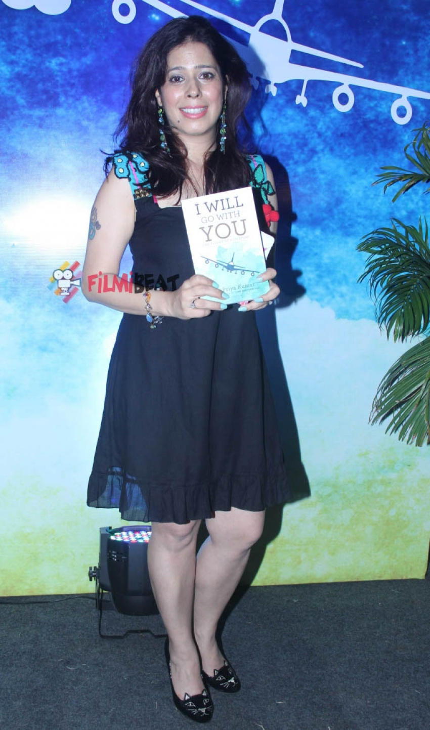 Sonu Nigam Launches Priya Kumar's Book 'I Will Go With You' Photos